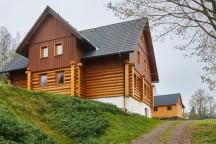 Ubytování v Adršpachu ve srubu u Peteho - příjezdová cesta (mezi Dolním a Horním Adršpachem)